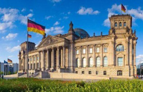 این تصویر یکی از دانشگاههای آلمان هست.